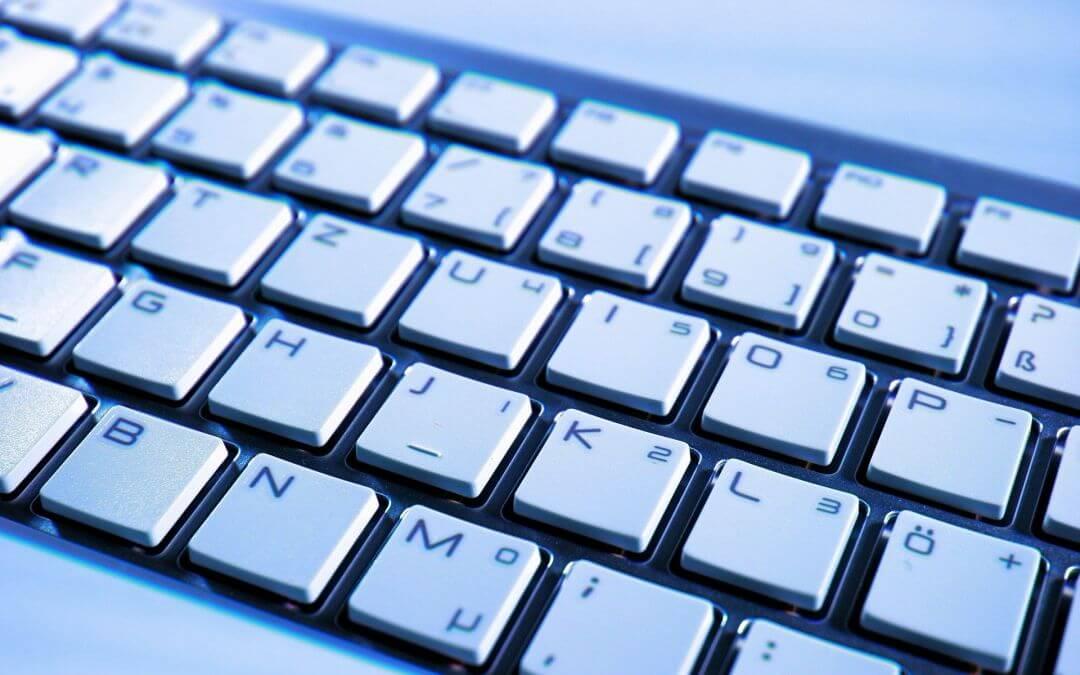 Schöner die Tasten nie klingen – So findet man die richtige Tastatur als Weihnachtsgeschenk